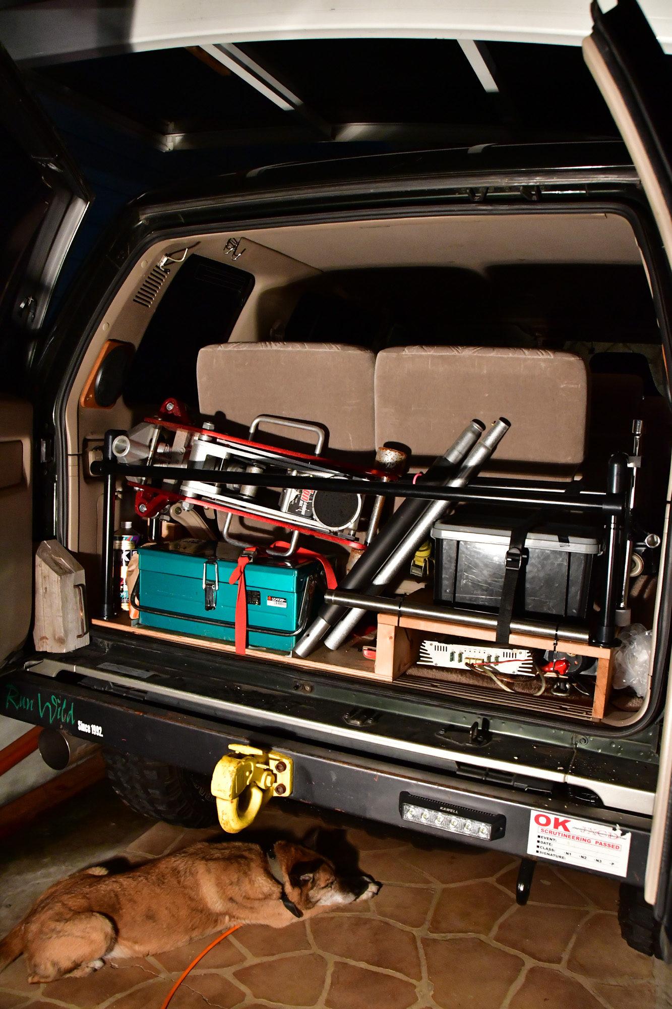 自作ルーフレールの横パイプを室内に収納 DIY  isuzu UBS26GW ビッグホーン