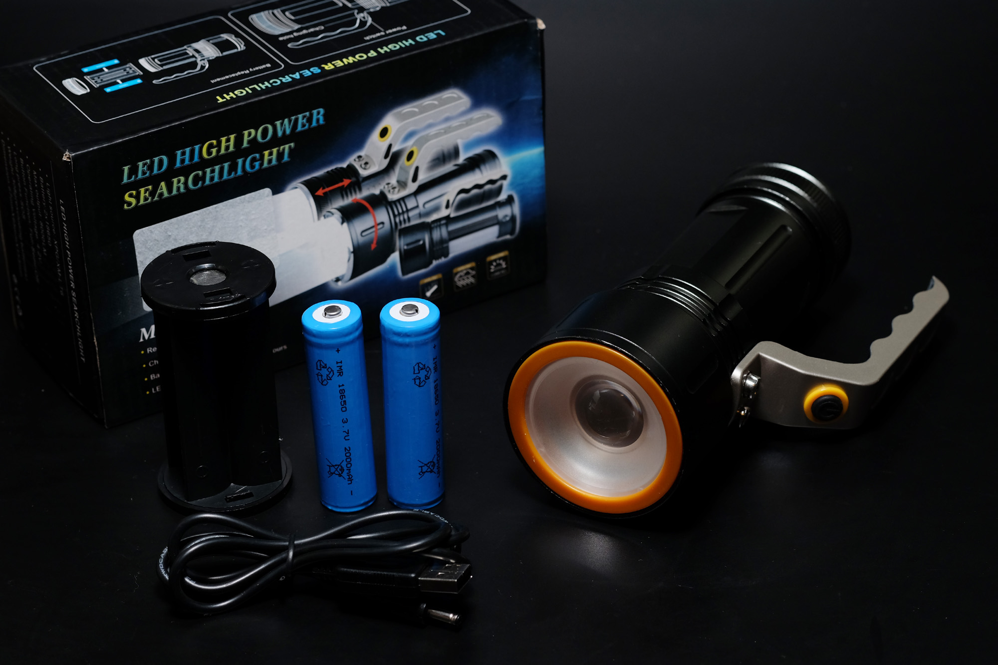 台風の備えは、出来ましたか? 安いLED懐中電灯をamazonで購入してみた。