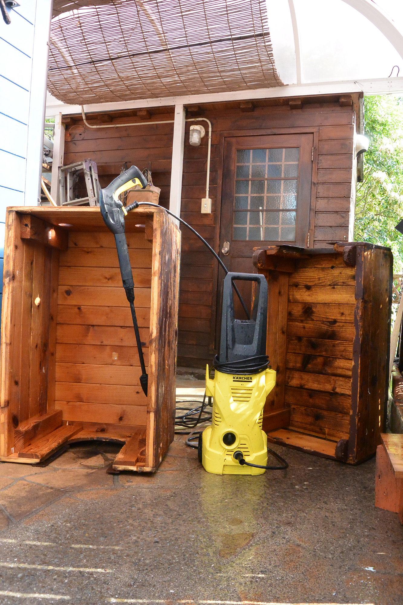 バニーの犬小屋を掃除しました。