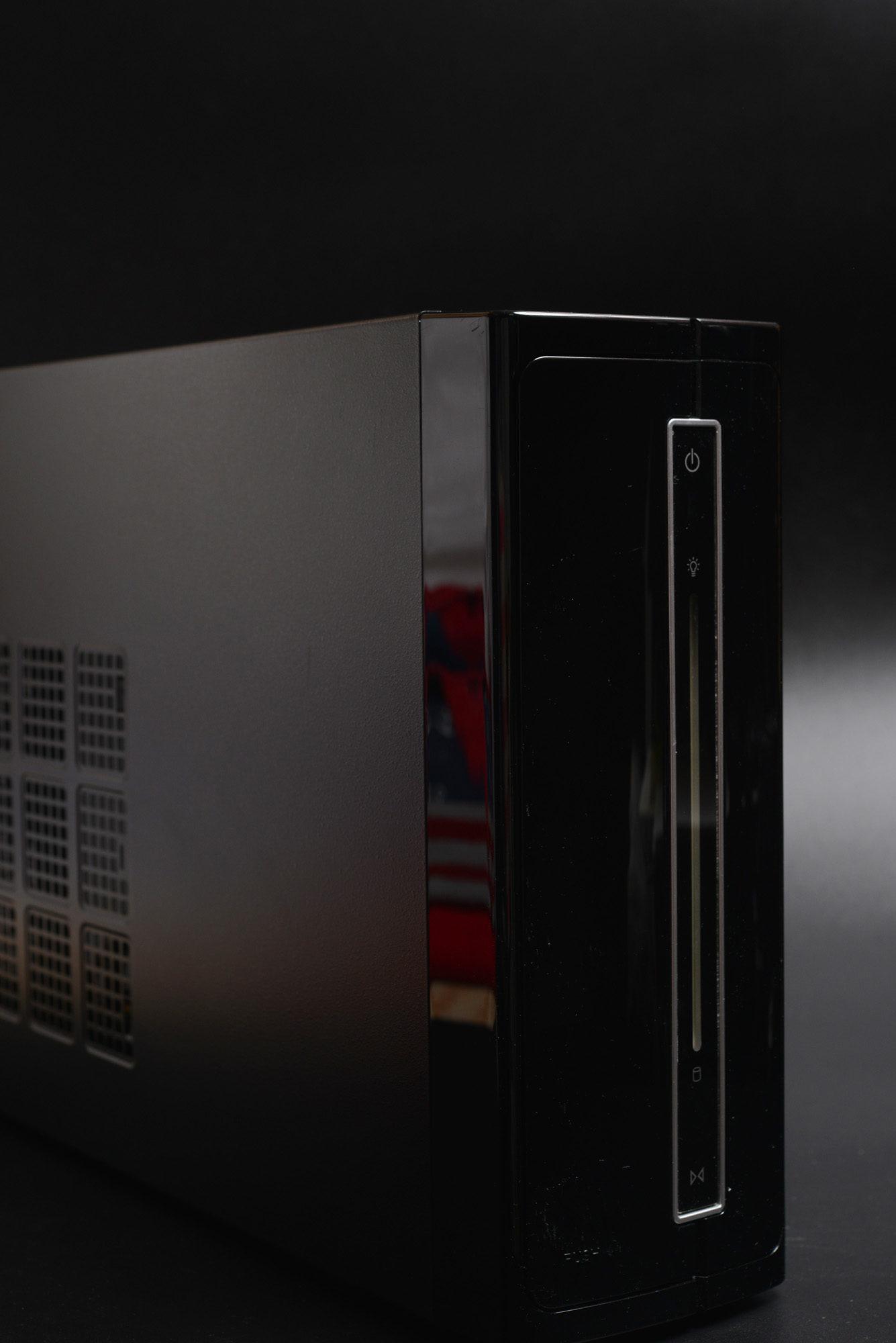 Mini-ITX ケース ワンコインでGET! IW-BP671B/300H IP-S300FF1-0(H)