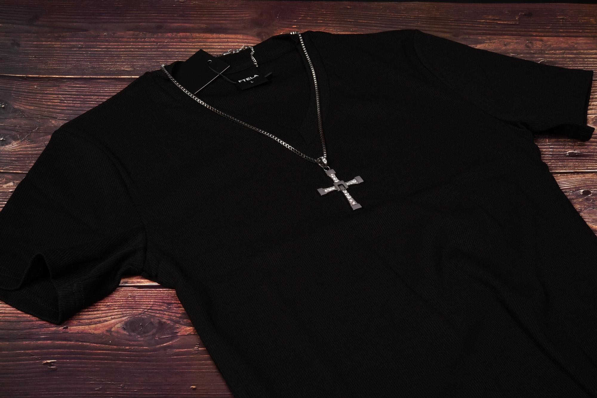 ワイルドスピードのドミニクになってみる? ネックレスとTシャツ購入