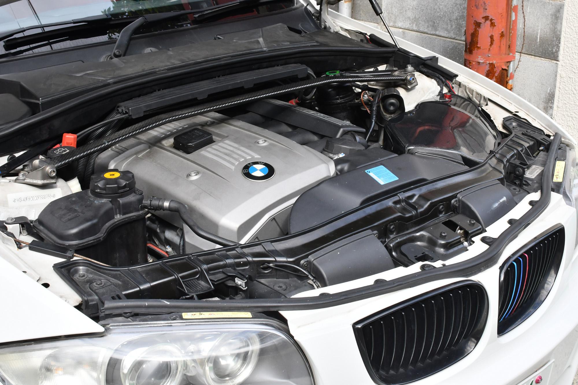 BMW 130i E87 ミッションリンケージ交換と車検