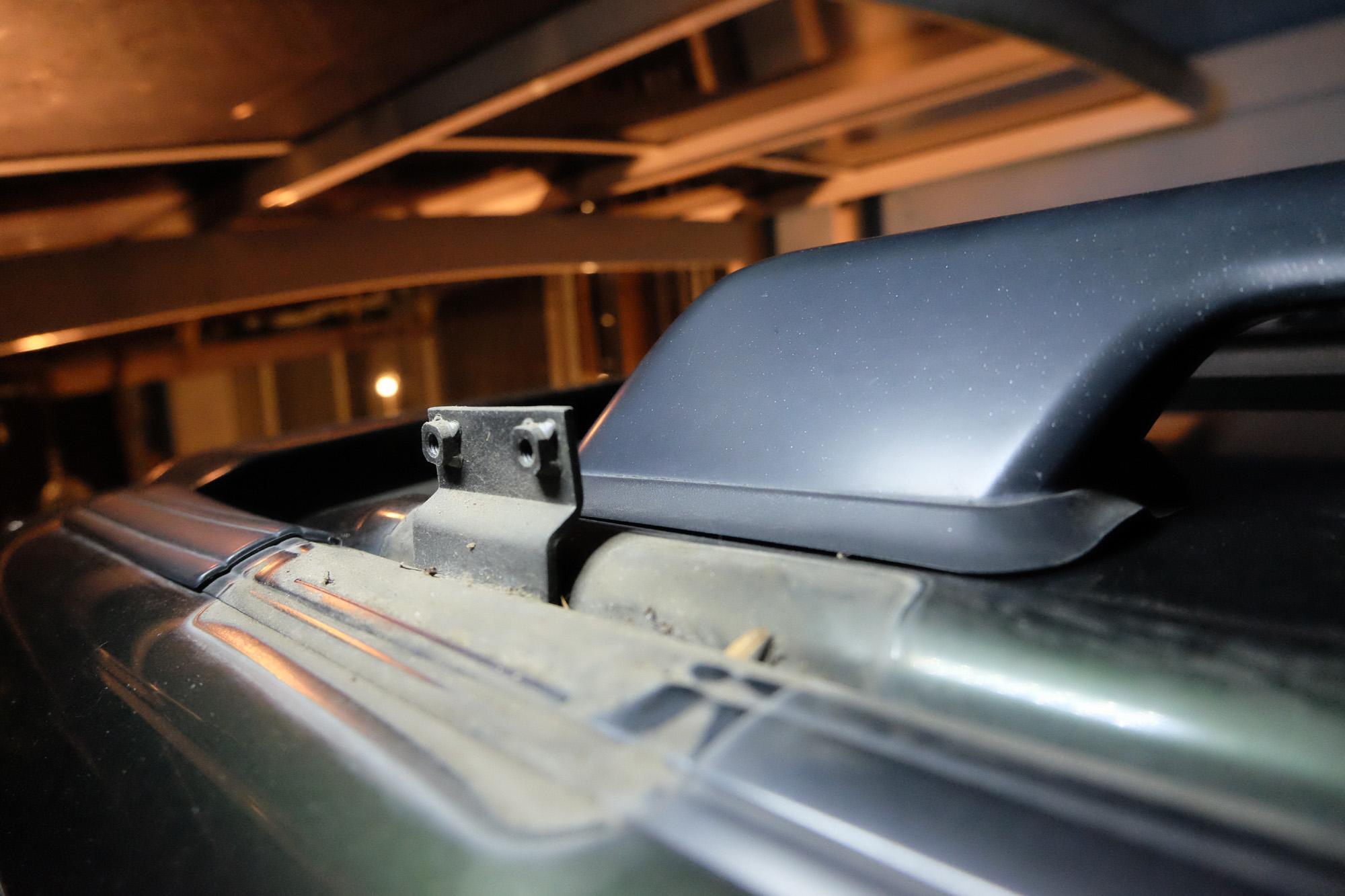 駐車場の高さ制限の為ルーフレールを取りました。 ISUZU UBS26GW ビッグホーン