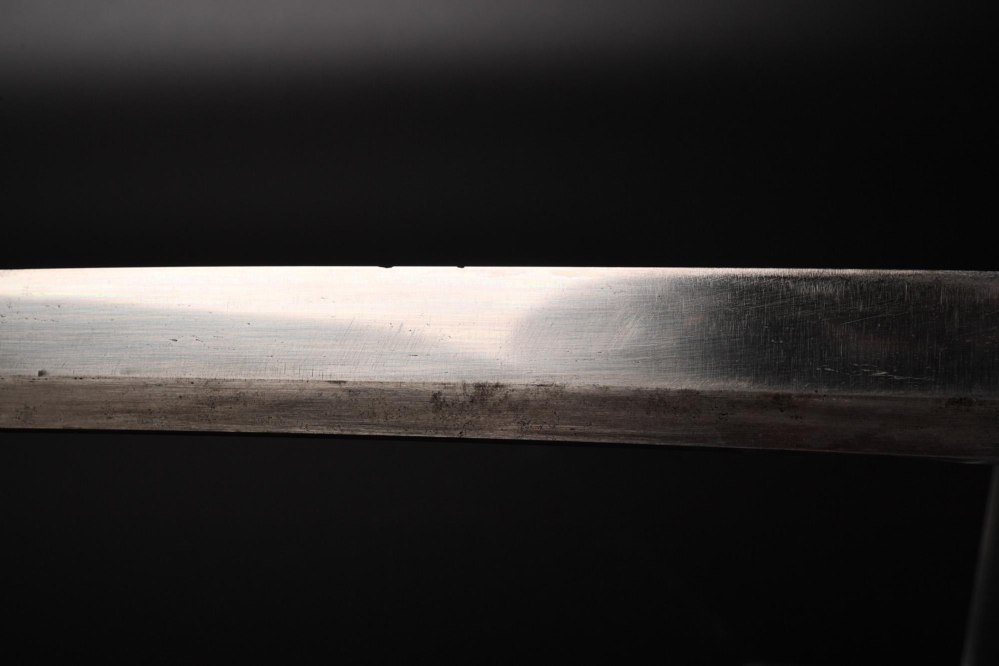 2万円の日本刀、刃こぼれを少しだけ修復