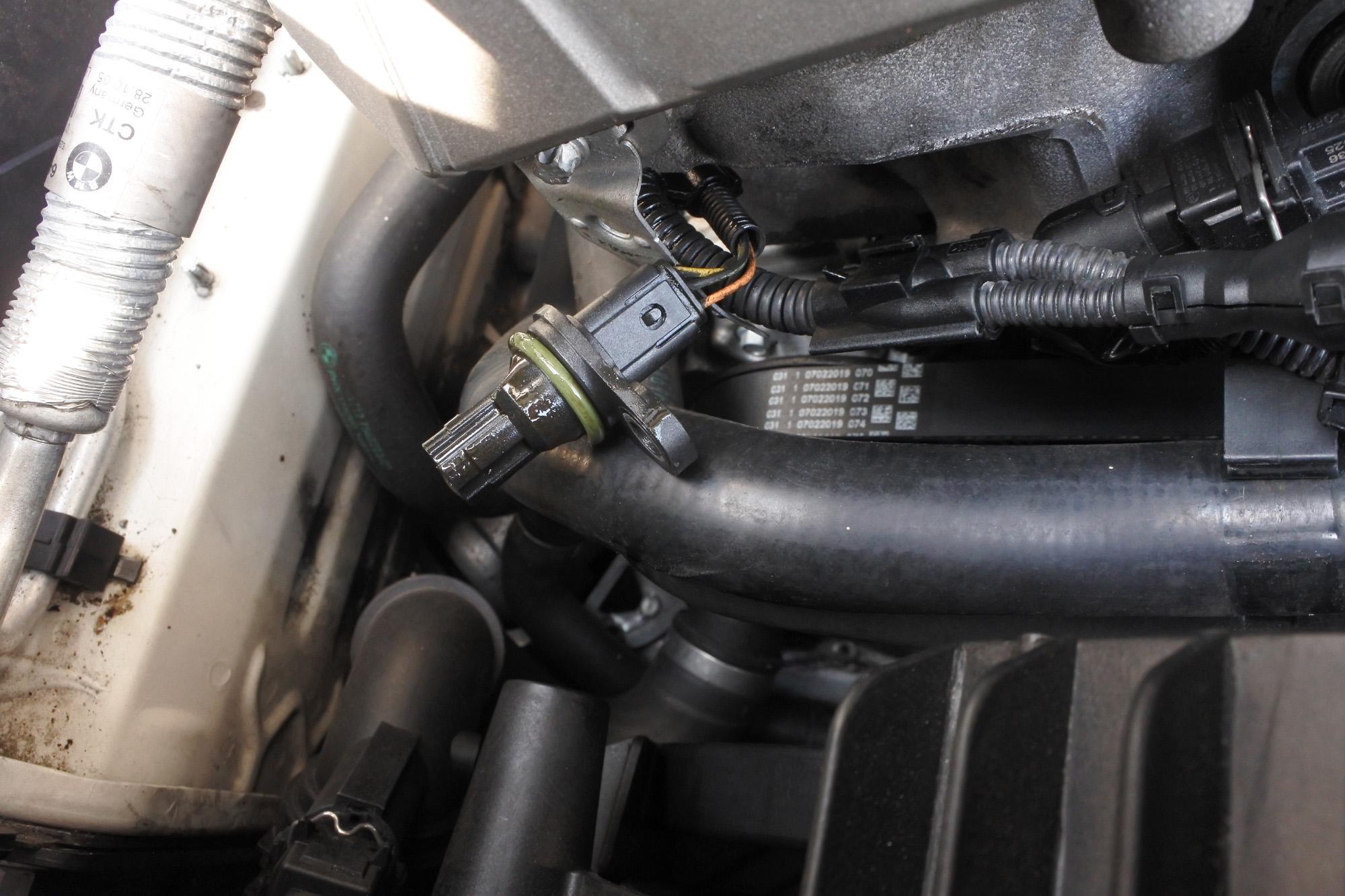 エラーコード 2A99 カムポジションセンサー交換後
