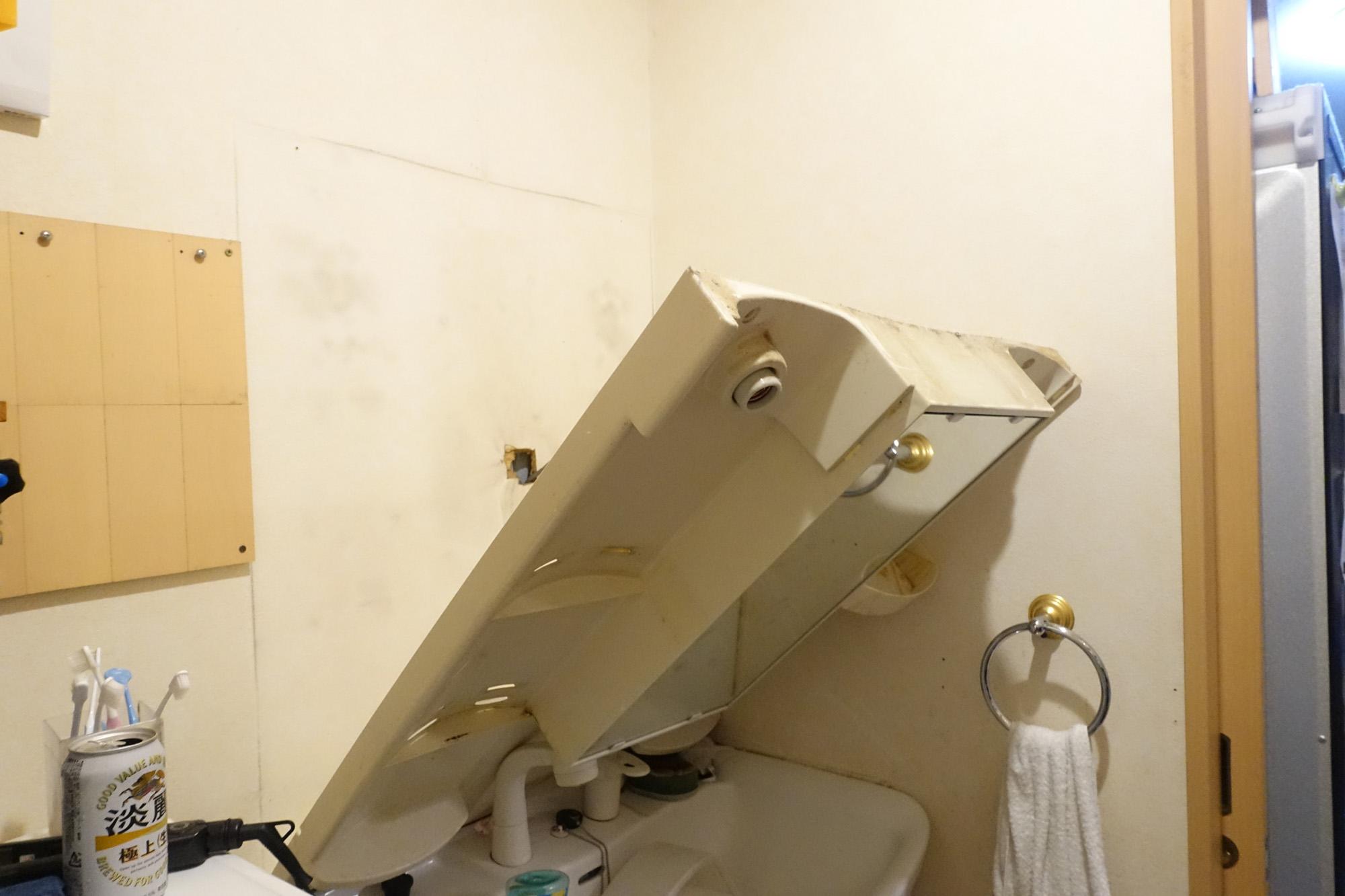 洗面台をDIYリフォーム その1 まずは、撤去!